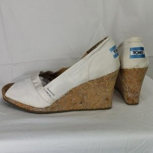 Tom's wedge peep toe espadrilles sz 10 white